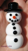 The only kind of snow I want to be around right now - adorable two-piece snowman